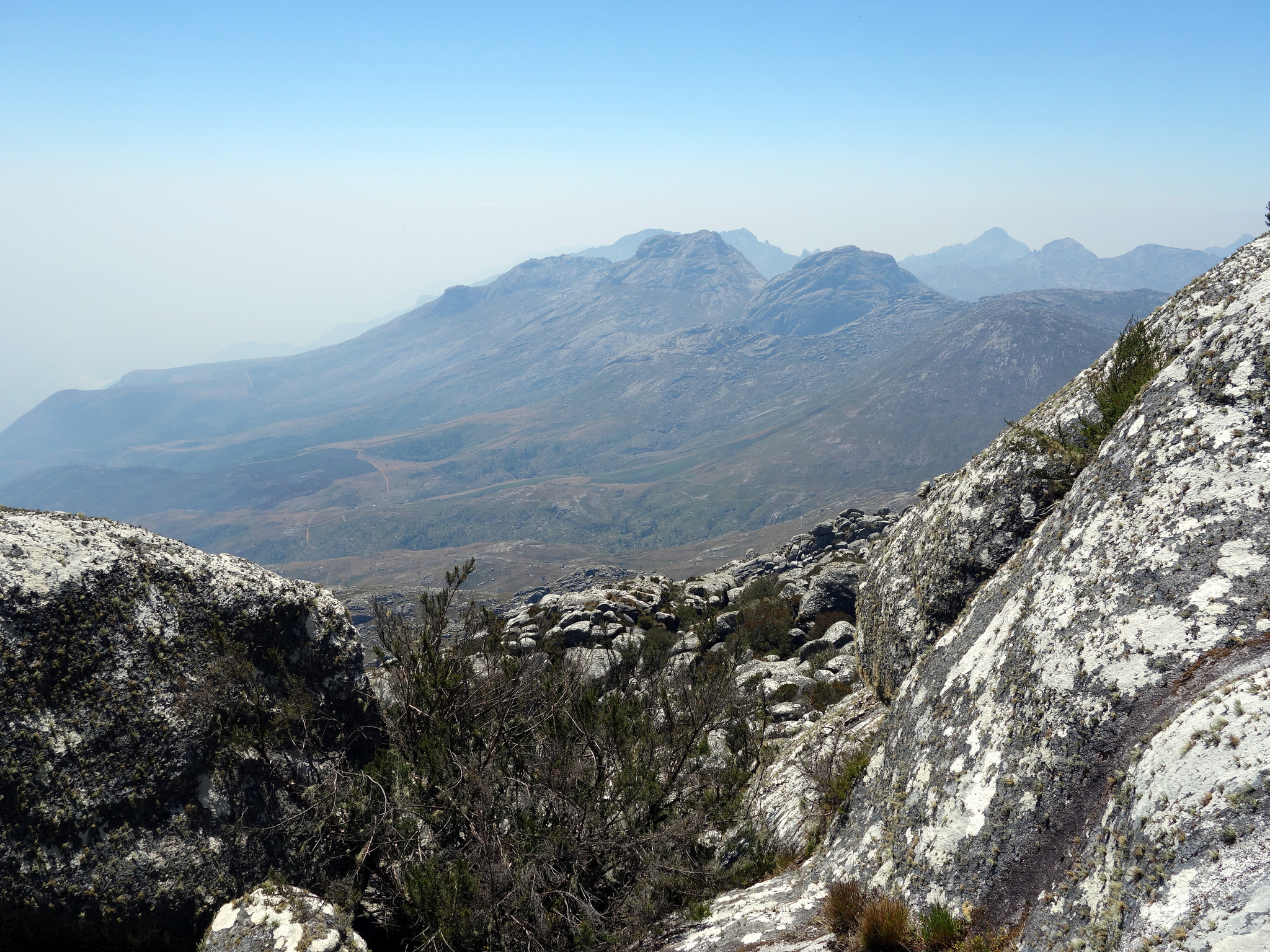 Earth Safari Malawi Mulanje mountain walking trekking 8