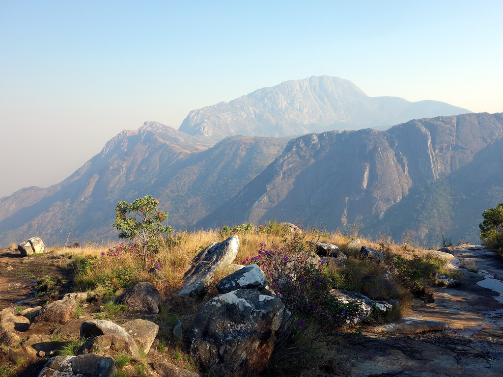 Earth Safari Malawi Mulanje mountain walking trekking 1